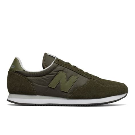 classic run shoes by new balance new balance 220 s s running classics shoes