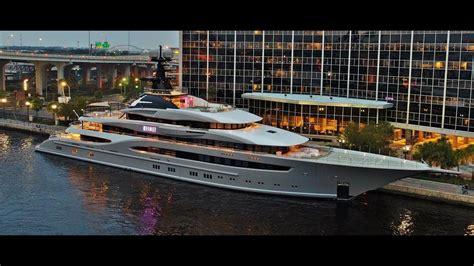 the boat jaguars kismet 312 ft mega yacht shad khan owner of