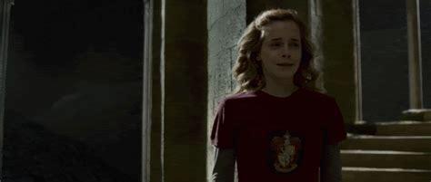 emma watson crying hermione granger crying gifs wifflegif