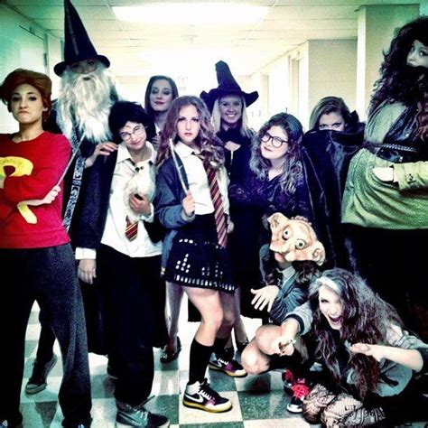 halloween tv themes 7 best tv land images on pinterest costumes carnivals