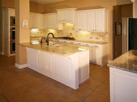 specialty kitchen cabinets specialty glazed and painted kitchen cabinets roxton