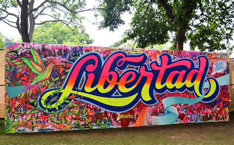 libertad lettering spray  brush  behance