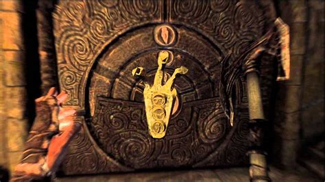 how to unlock the door with the golden claw key on skyrim