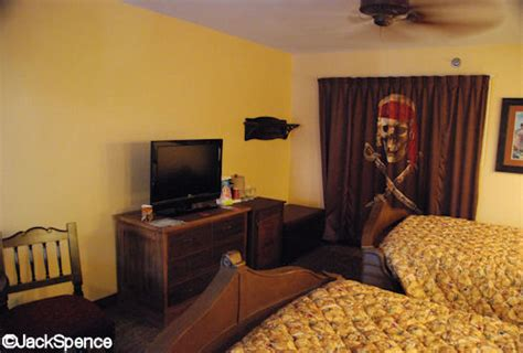 disney caribbean resort pirate room caribbean resort disney pirate room www pixshark images galleries with a bite