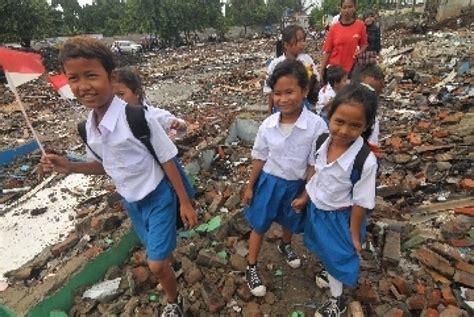 Kesadaran Pendidikan Sebuah Penentu Keberhasilan Pendidikan masalah pendidikan di indonesia republika