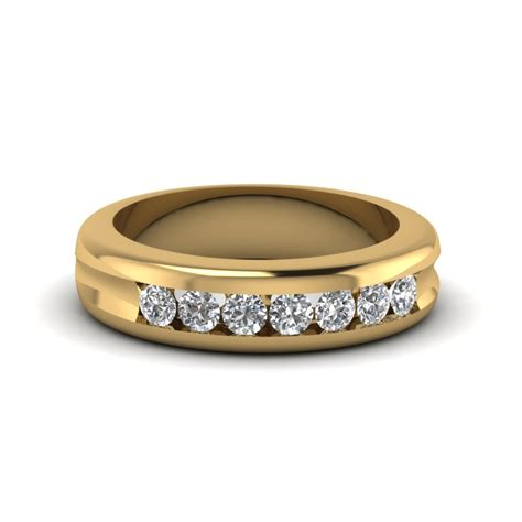 Set Channel channel set wedding band in 18k yellow gold