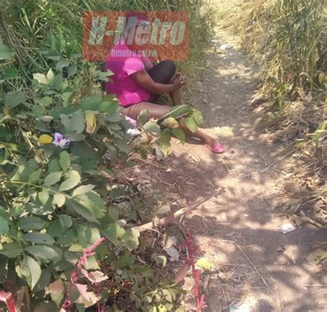 diferent female bush shameless young girls now selling s x in broad daylight at