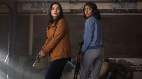 supernatural season  episode  review wayward sisters den  geek