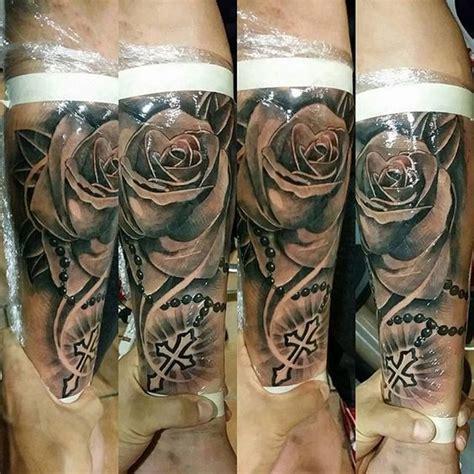 imagenes de tatuajes de rosarios tatuajes rosario and corona on pinterest