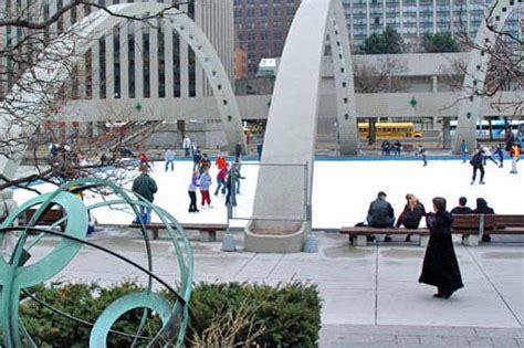 Backyard Rinks Toronto by 15 Of Toronto S Outdoor Skating Rinks To Open Saturday
