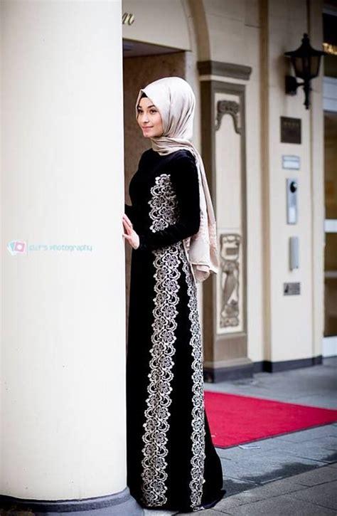 Omera Plain Flare Muslim Dress sleeve dress with lace design muslimah fashion lace design sleeved dress