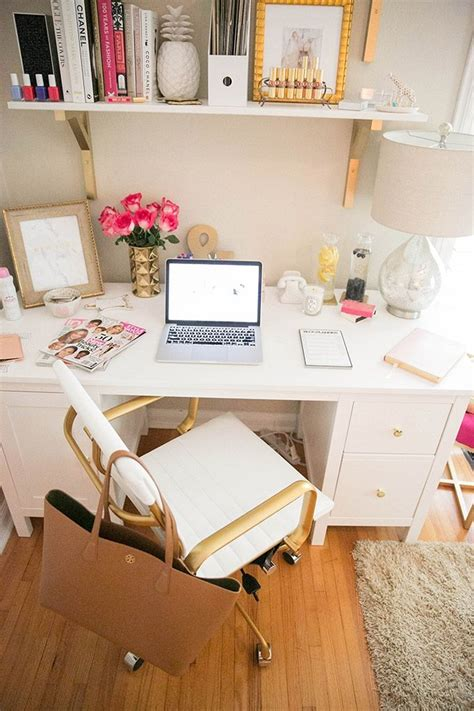 best 25 desk pad ideas on cubicle ideas cubicle makeover and cubicle best 25 work desk ideas on work desk decor work desk organization and decorating