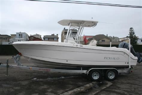 center console boats for sale robalo r242 center console boats for sale yachtworld