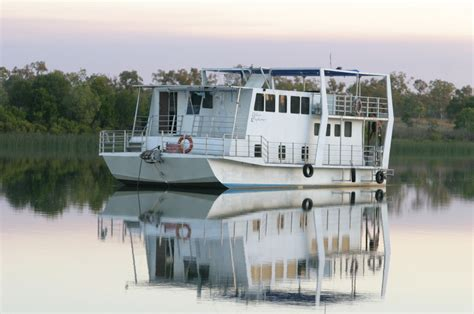 houseboats nt fishing the pellew islands gulf of carpentaria nt naive