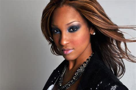 olivia love and hip hop a look at super sexy singer olivia longott