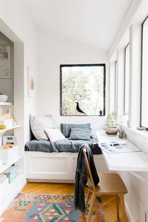 Apartment Therapy Small Office 17 Best Ideas About Small Workspace On Desk