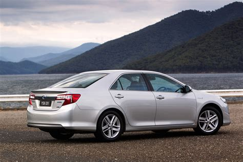 2012 toyota camry hybrid prices reviews and pictures u s news world report toyota camry hybrid 2012 2012 toyota camry hybrid price photos reviews features car and driver