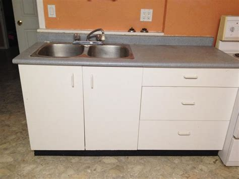 free used kitchen cabinets free used kitchen cabinets duncan cowichan