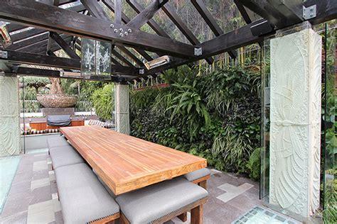 vertical gardens we temple webster