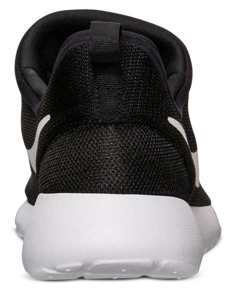 Casual Slip On Pria Nike Black nike mens roshe run slip on casual sneakers from finish line in black for lyst