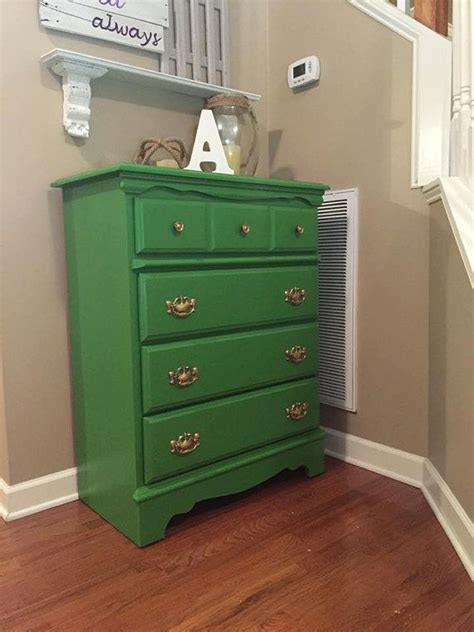 Green Chest Of Drawers by 25 Best Ideas About Green Chest Of Drawers On