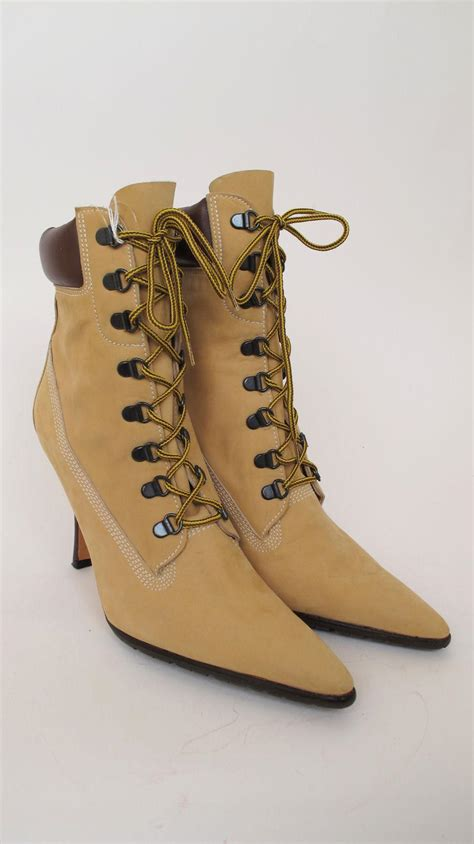 timbs shoes 100 auth manolo blahnik oklamod timbs nubuck beige