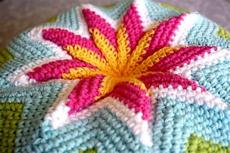 crochet zig zag pillow pattern crochet pillow quot zig zag pillow quot crochet patterns and