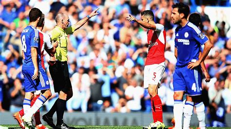 arsenal riza arsenal fans sign anti mike dean petition espn fc
