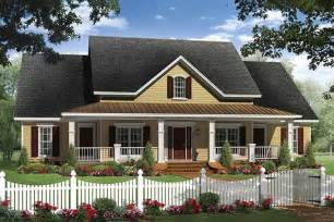 country house plans one story farmhouse style house plan 4 beds 2 5 baths 2336 sq ft plan 21 313