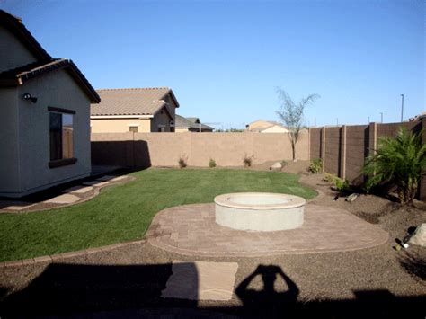 Arizona Backyard Landscaping Ideas by Arizona Tropical Landscape Design With Sod Palm Trees