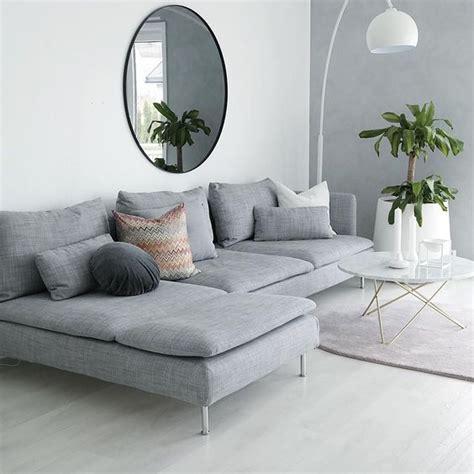 grey couch decor bekijk deze instagram foto van hannenov 3 282 vind ik