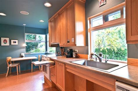 wheelchair accessible kitchen design handicap accessible kitchen