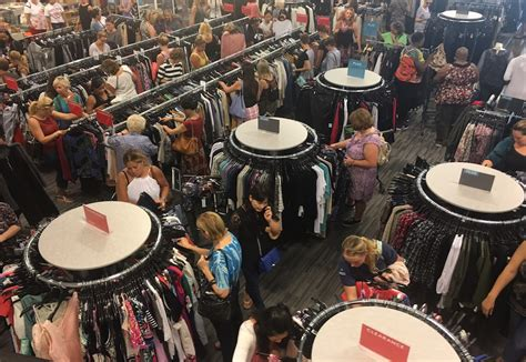 Nordstrom Rack The Block by Nordstrom Rack Opens At The Block Northway Saks Fifth