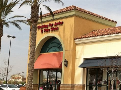 clothing store eastvale shopping