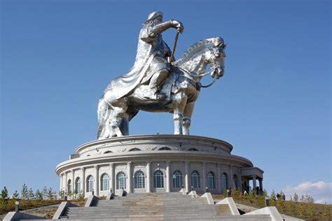 genghis khan equestrian statue wikipedia gengis khan equestrian statue mongolia travel guide
