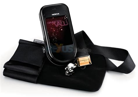 Nothing Special About The Nokia 7373 by Fashionable Or What Nokia 7373 Se By Giambattista Valli