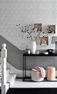 Home Design And Decor Uk Tapete In Grau Stilvolle Vorschl 228 Ge F 252 R Wandgestaltung