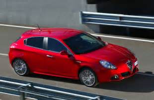 Alfa Romeo Guillieta Alfa Romeo Giulietta 2011 Cars Specification News