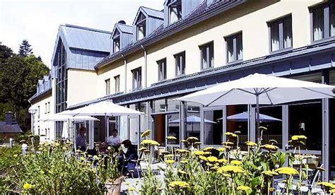 Re Rollstuhl Terrasse by Eifel Neuerburg Euvea Hotel Behindertengerechte