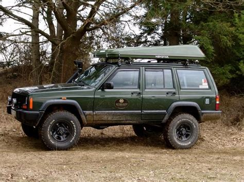 Jeep Xj Roof Top Tent Maggiolina Roof Tent Outdoors Cing Gear Survival