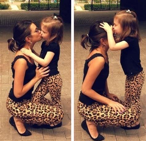 imagenes tiernas mama e hija 14 tiernas mam 225 s vestidas igual que sus peque 241 as hijas