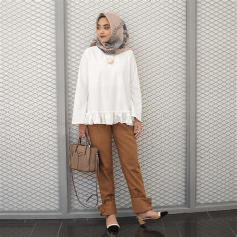 Atasan Baju Wanita Blouse Polos Hem Merah Hitam Putih Biru Pink Toska 10 ootd kekinian untuk kuliah kasual kece