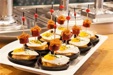 de tapas con quique 6 authentic places where to eat in poble sec neightborhood stay in barcelona