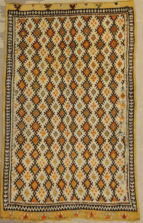 moorish rug moroccan rug rugs more