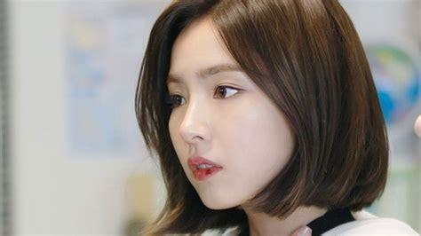 model rambut pendek sebahu wanita korea