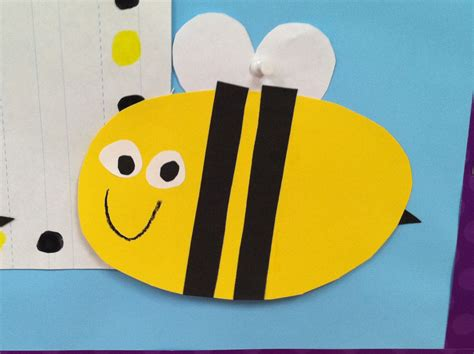 How To Make A Paper Bee - in grade honey bees