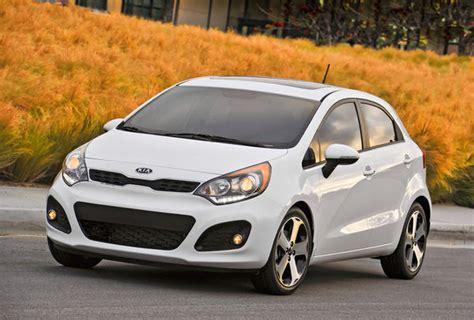 economy kia rio 2012 kia rio sx cool styling plus good fuel economy