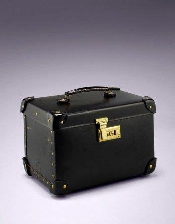 Vanity Cases Lewis by 1000 Ideas About Vanity Cases On Enamels