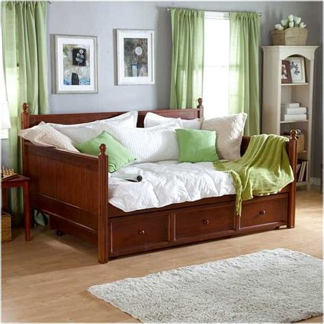 Size Mattress Daybed by Size Daybeds With Trundle Home
