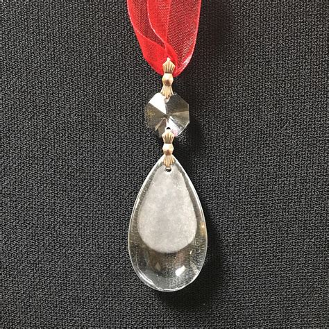 teardrop ornament diy etched teardrop ornament allfreechristmascrafts